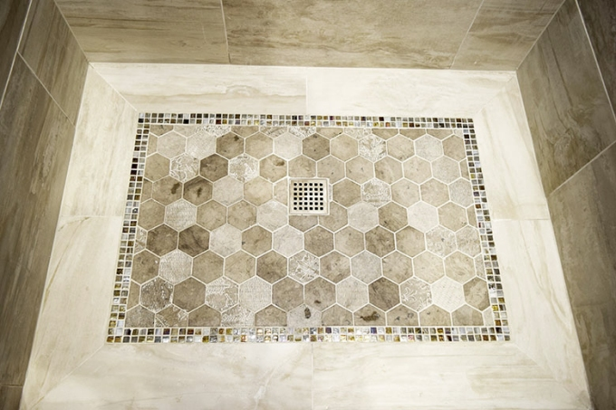 Tiled_shower_floor